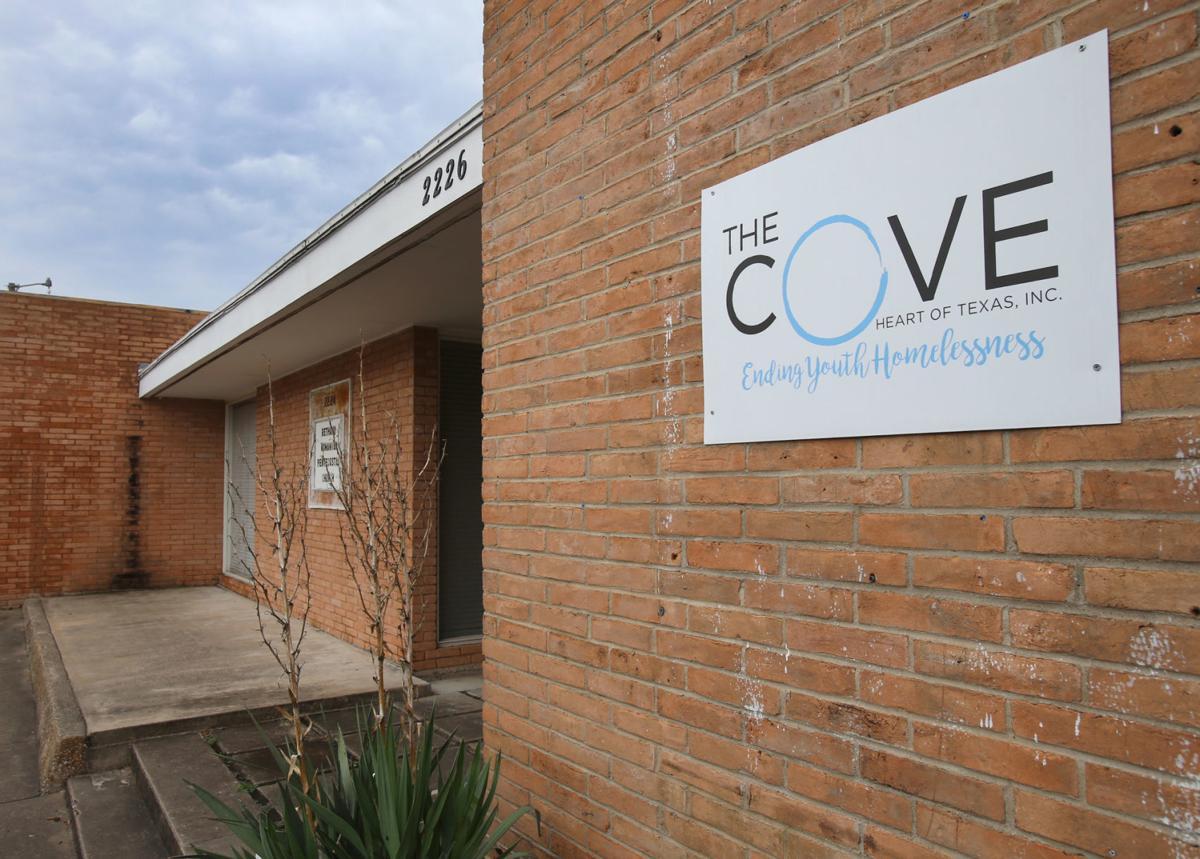 20190625_loc_the_cove_jl (copy)
