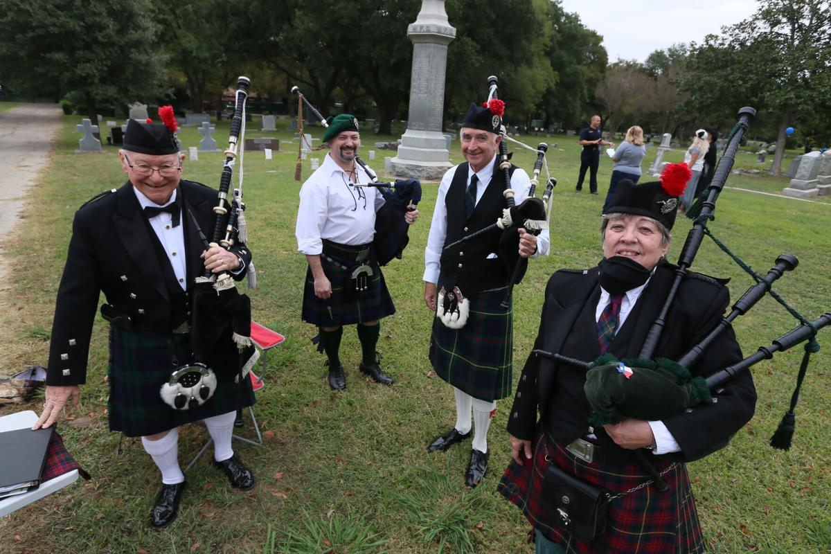 Bagpipers at Walking Tales