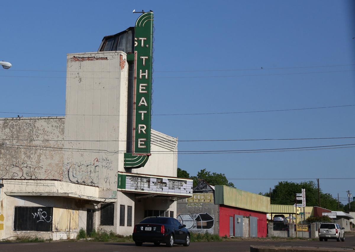 25 street theater