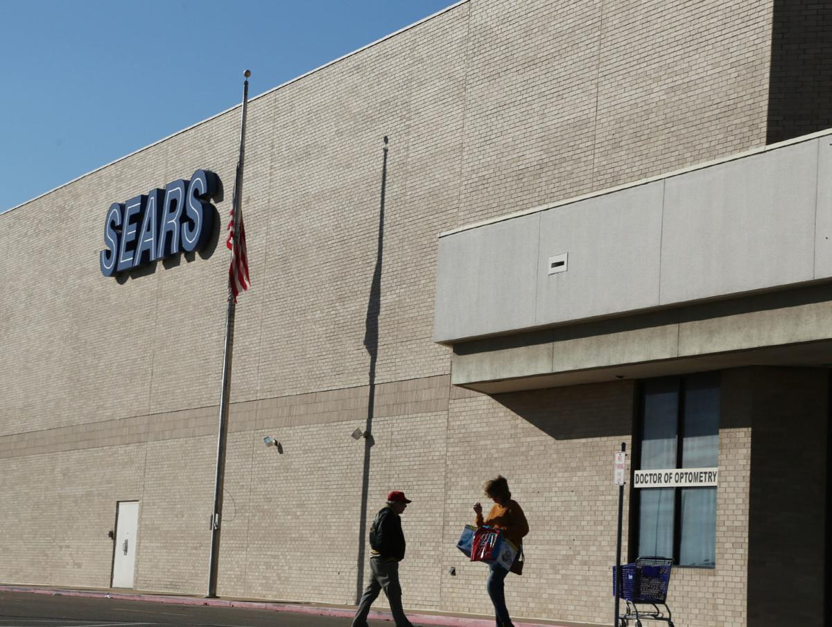 46be9cb0a81 Waco Sears scheduled to close in March
