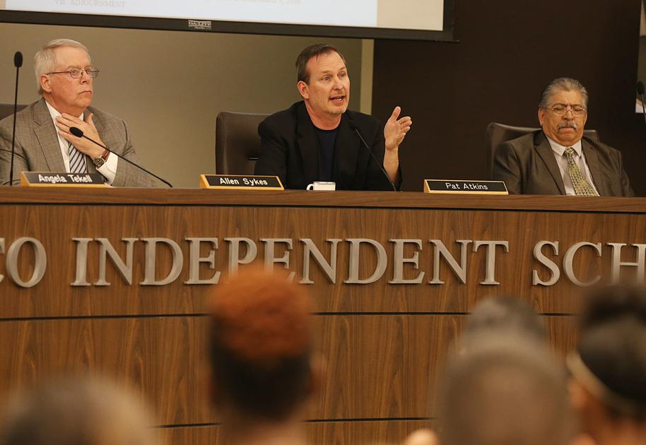 Waco ISD board reaches no decision on Nelson after hours of deliberation