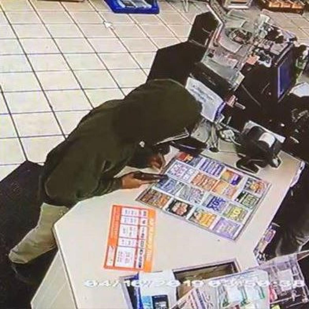Police search for man who robbed convenience store at
