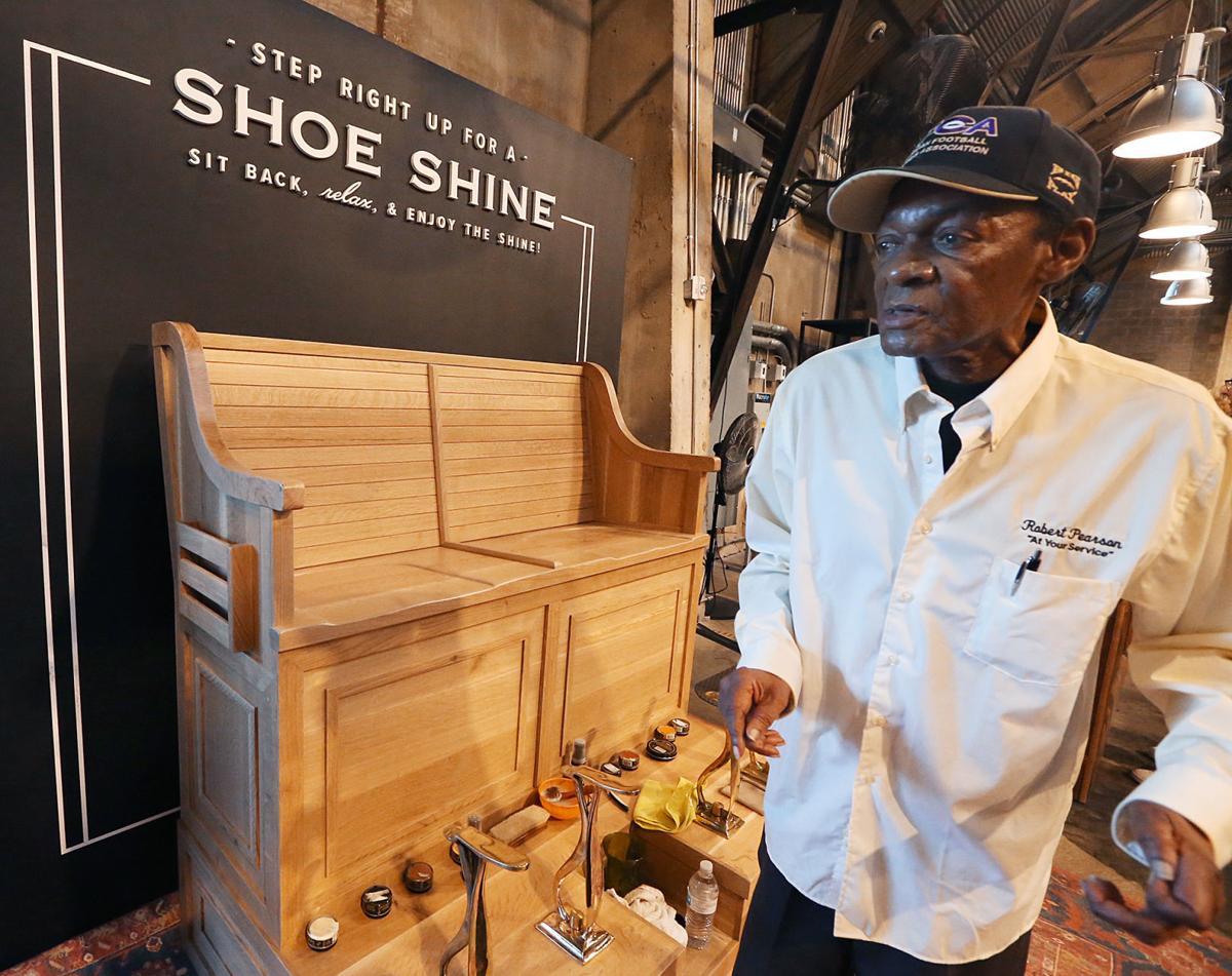 Magnolia shoe shine stand (copy)