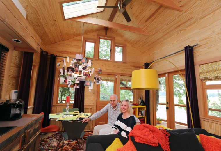 couple s texas sized treehouse near mart opens new television - Treehouse Masters Inside