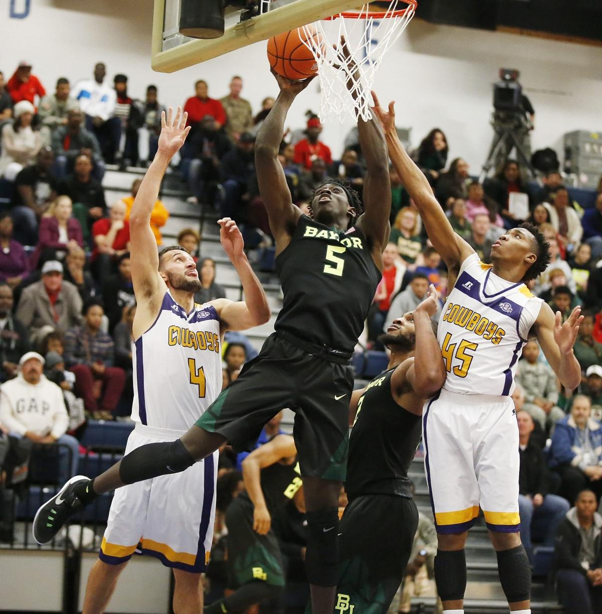 bears entertain military crowd with giant 104 59 victory at fort