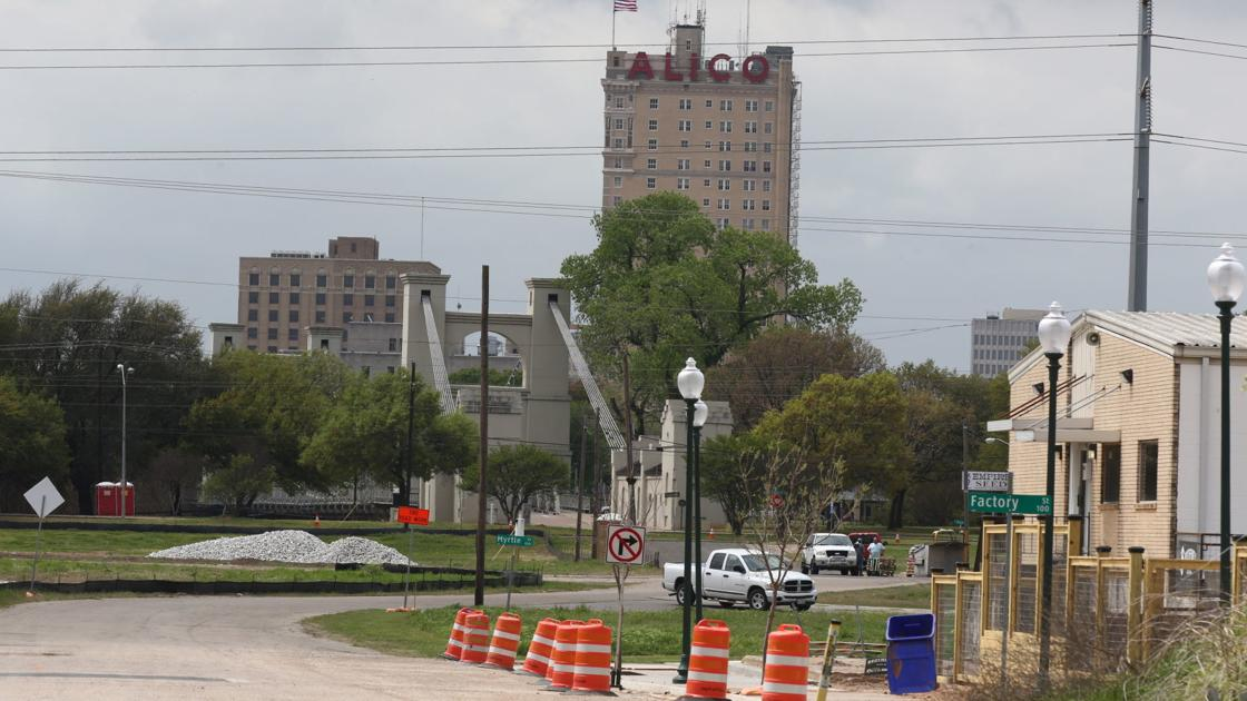 Mike Copeland: Downtown bank branch; 'Front porch' plaza; Gaineses at SXSW; Restaurants reopening