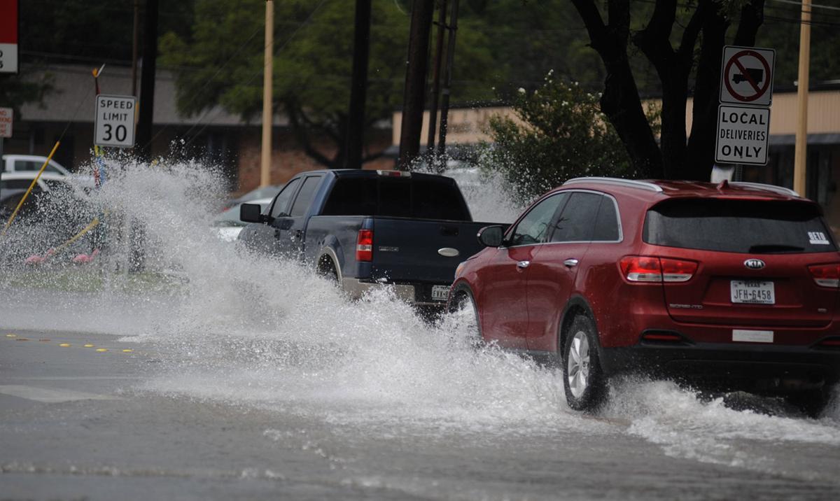 No major damage, no tornado confirmed after warning in Waco