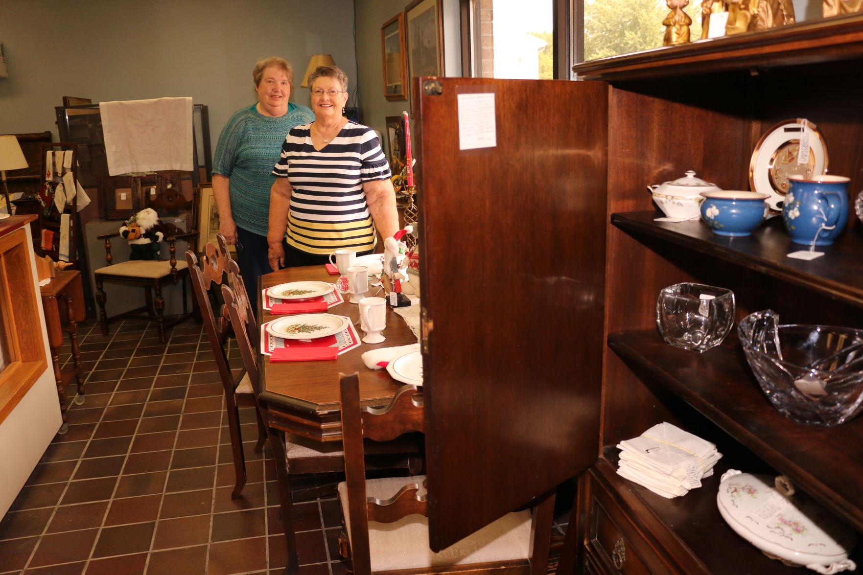 Merveilleux Greenwood And Murdock Friends Open South Bend Thrift Store