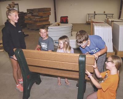 4-H benches