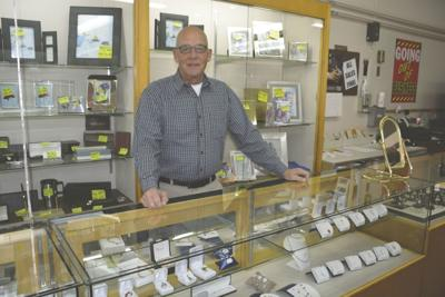 Olson Jewelers closing its doors