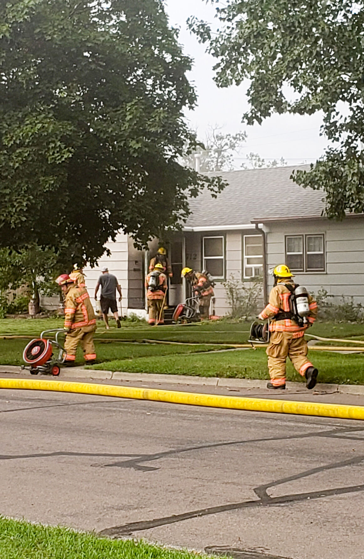 Firefighters respond to Wahpeton house fire