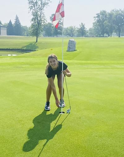 Halle Miller sinks hole-in-one at Bois De Sioux