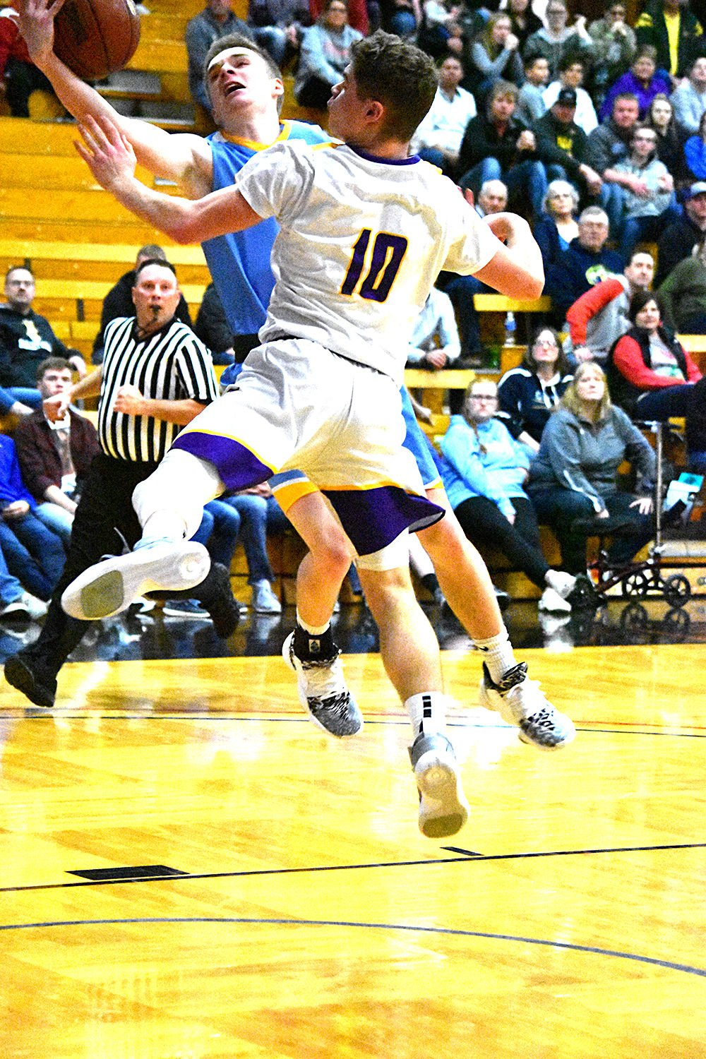 Tigers enter regionals with big chips on their shoulders