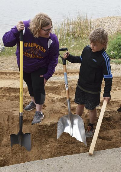 Volunteers bolster Mooreton Pond shelter