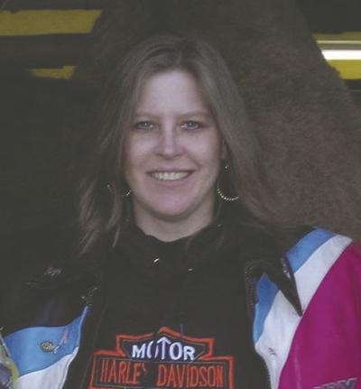 Lisa Lewis, 53