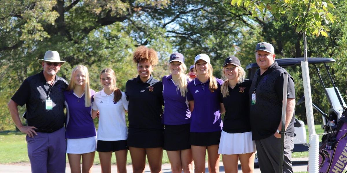 Huskies post back-to-back best rounds at state