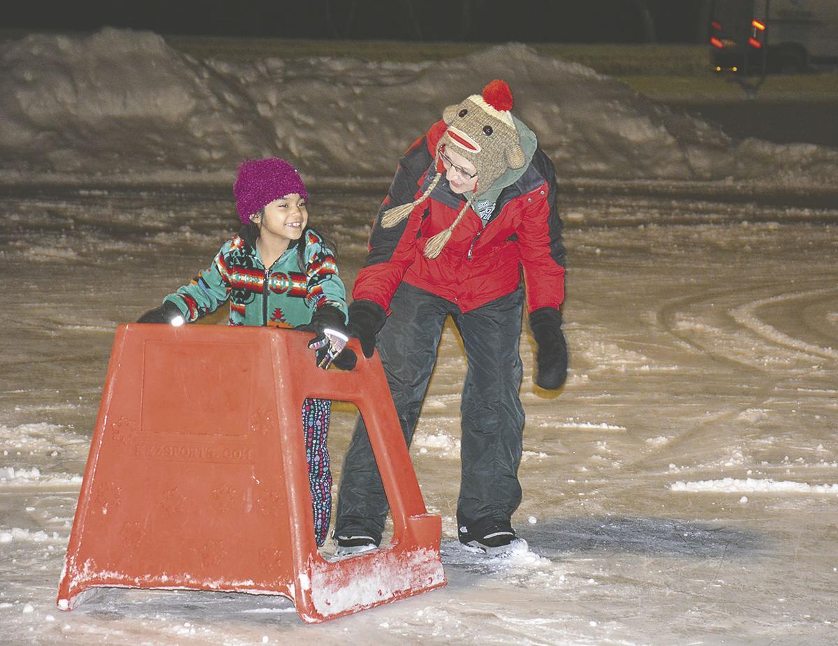 Kinship holds sledding, skating and games party