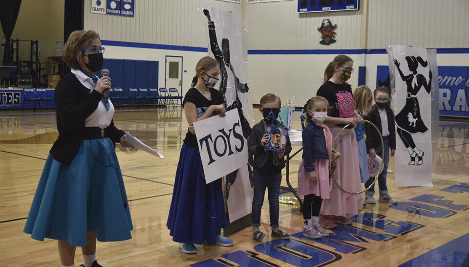 Hankinson Elementary kicks off reading month