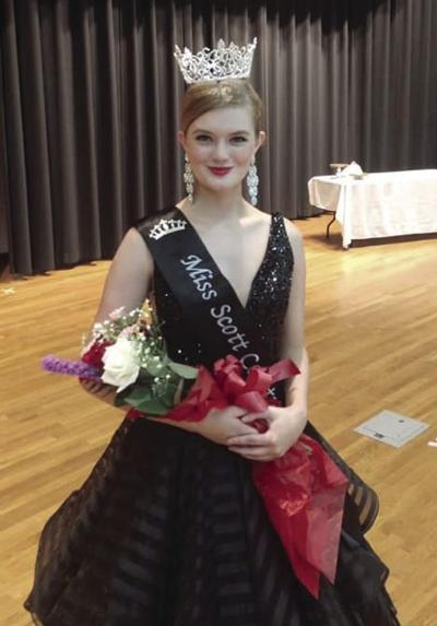 Lovett crowned as Miss Scott County
