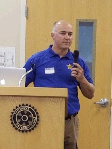 Sheriff's Office investigator Ryan Fisher spoke to the Walker Rotary.