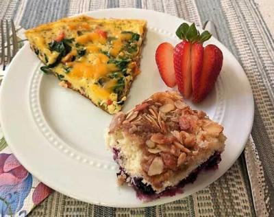 Stovetop cottage cheese-egg-cheese and veggie frittata