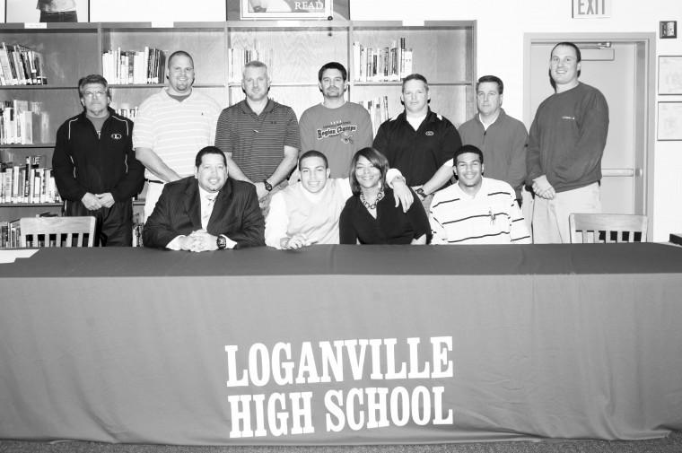 Wyyet signs with Tusculum