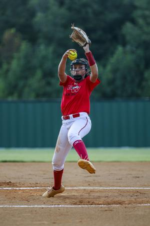 Softball Round-up: Lady Dawgs heating up heading into October