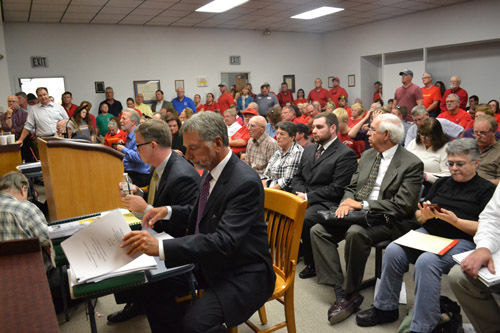Top stories of 2016: Warrick County Board of Zoning Appeals approves egg laying operation