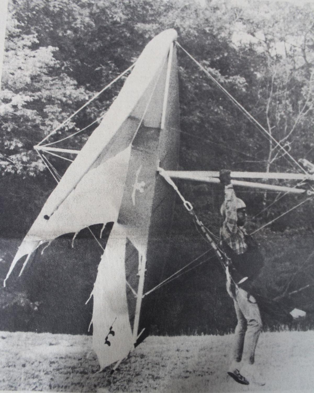 Bruce Case hang glide