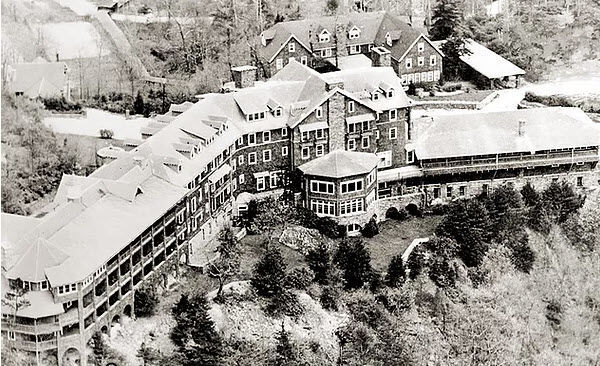 Aerial view of Mayview Manor