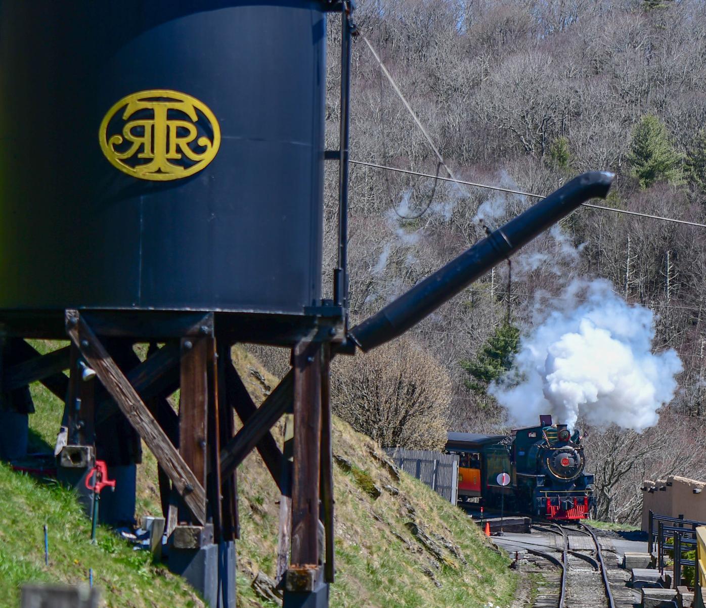 Tweetsie Railroad train coming into station