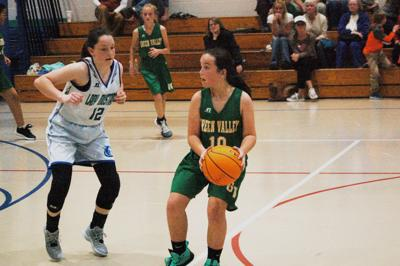 Mabel beats Green Valley in girls' basketball