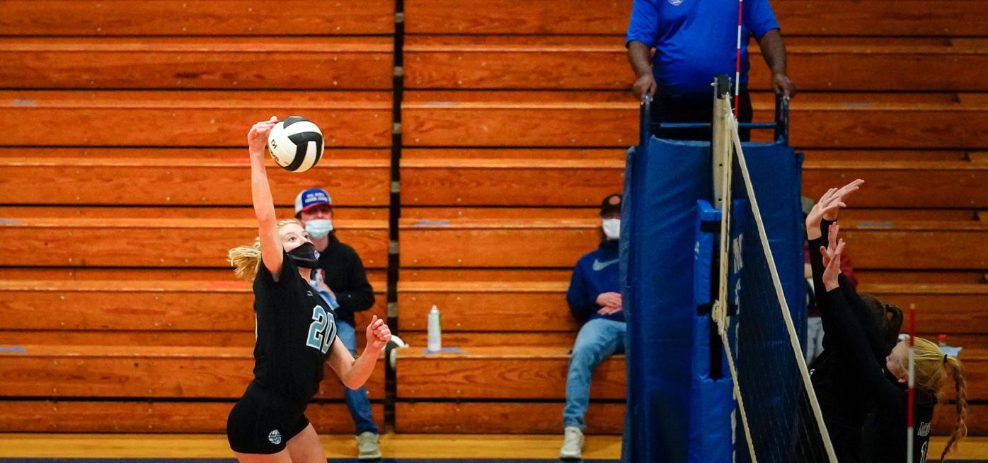 Brooke Scheffler spikes vs. McDowell