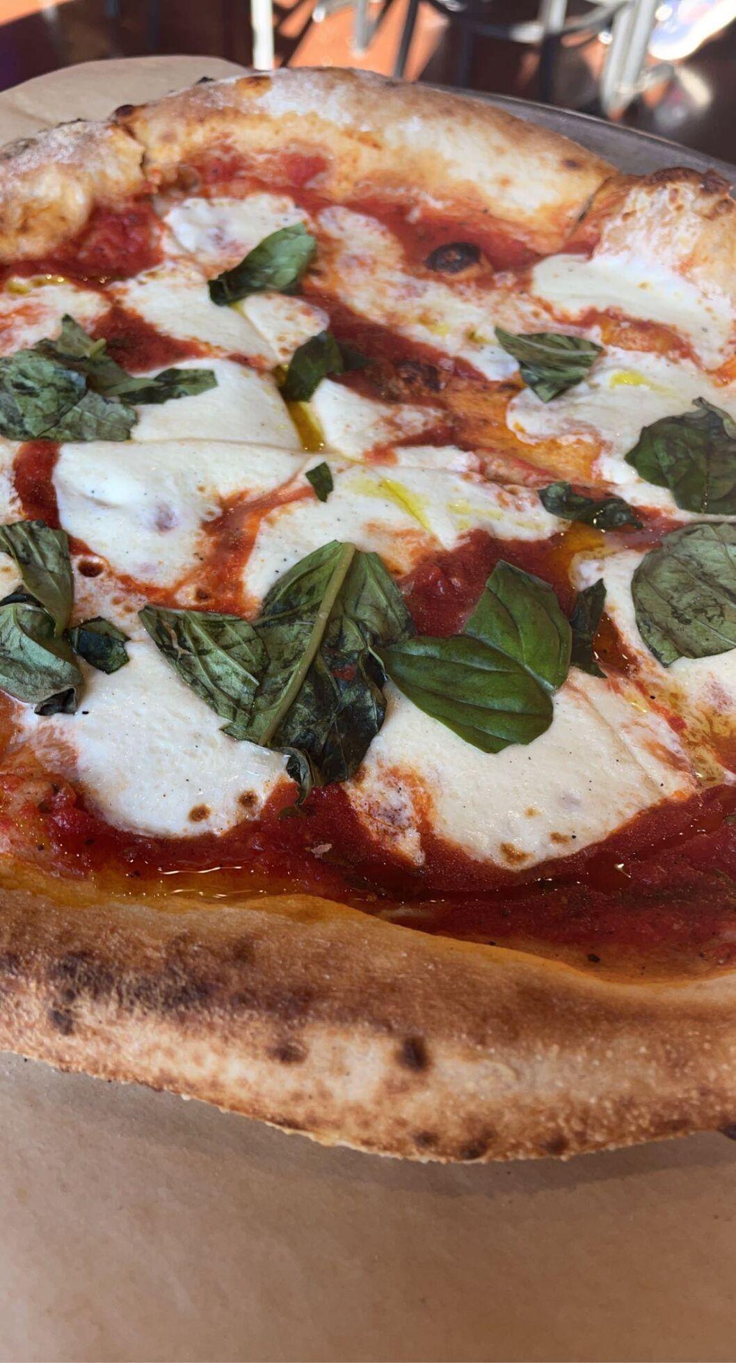 Lost Province pizza