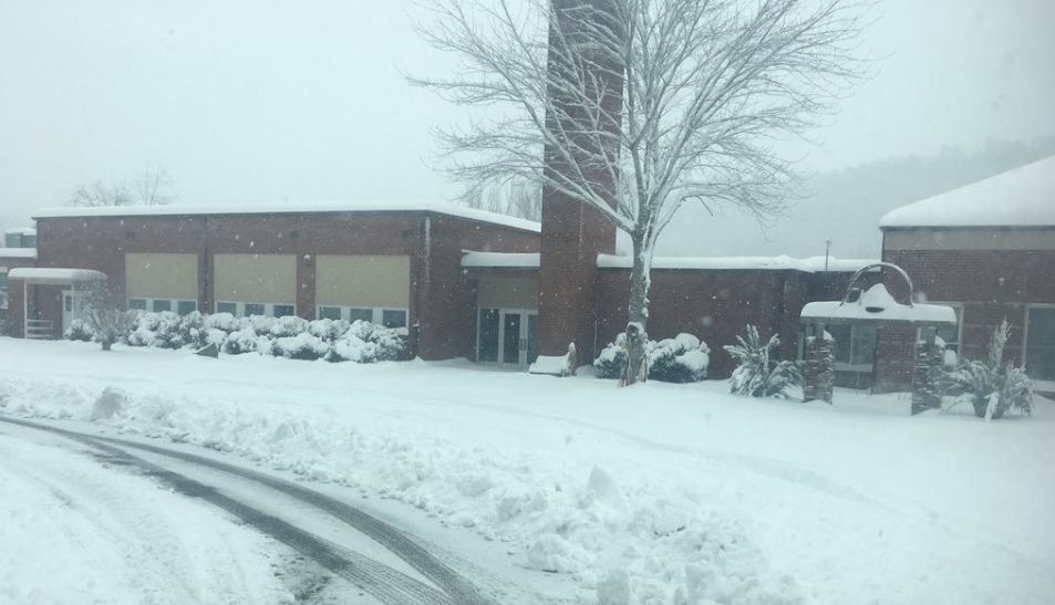 Valle Crucis School snow