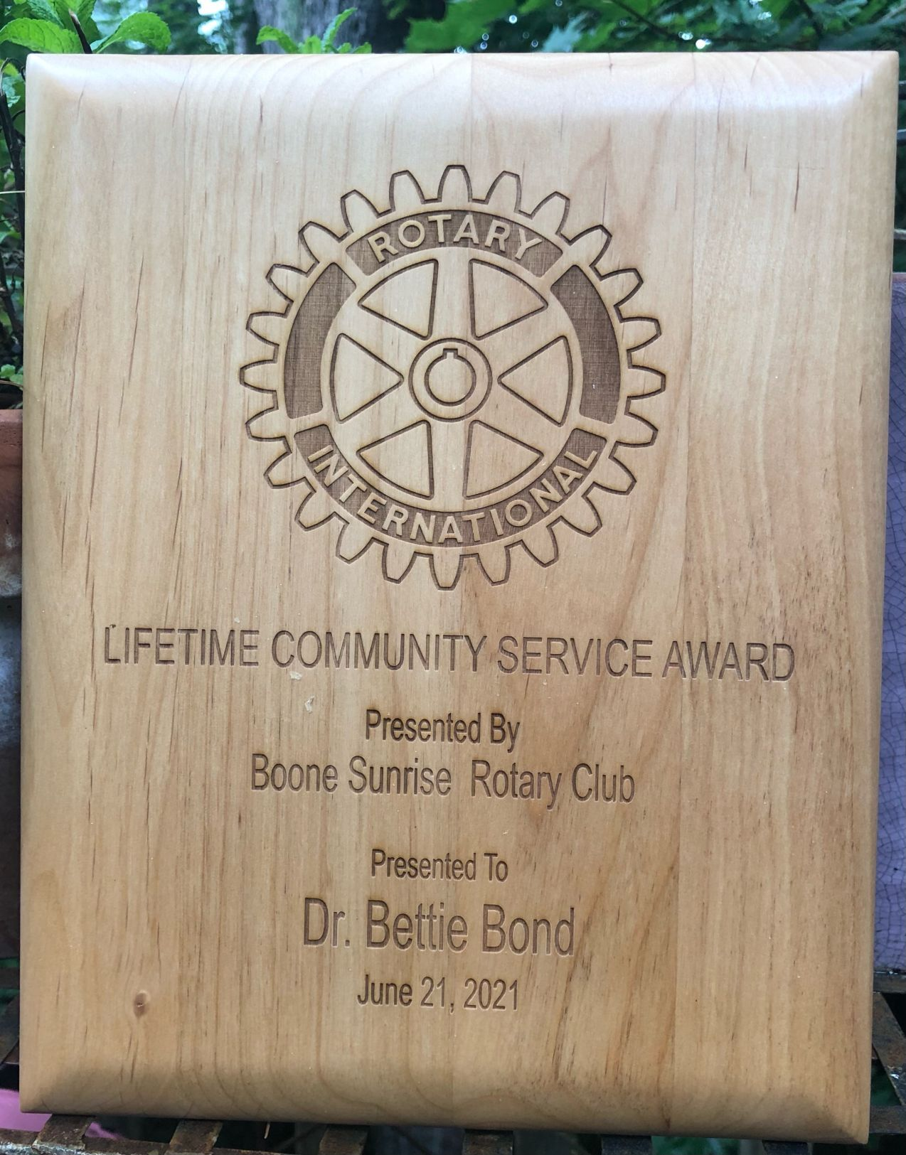 Bettie Bond Award