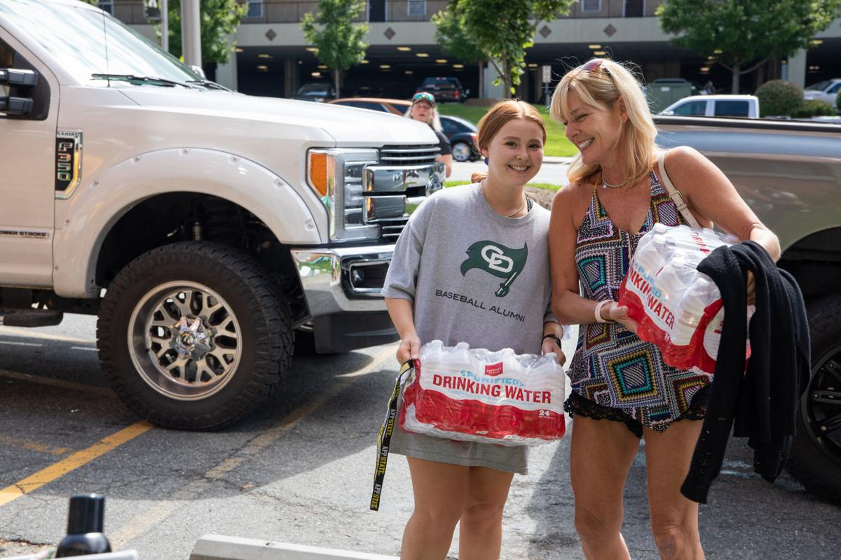 move-in-day-09-move-in-day-2-cr-4.jpg