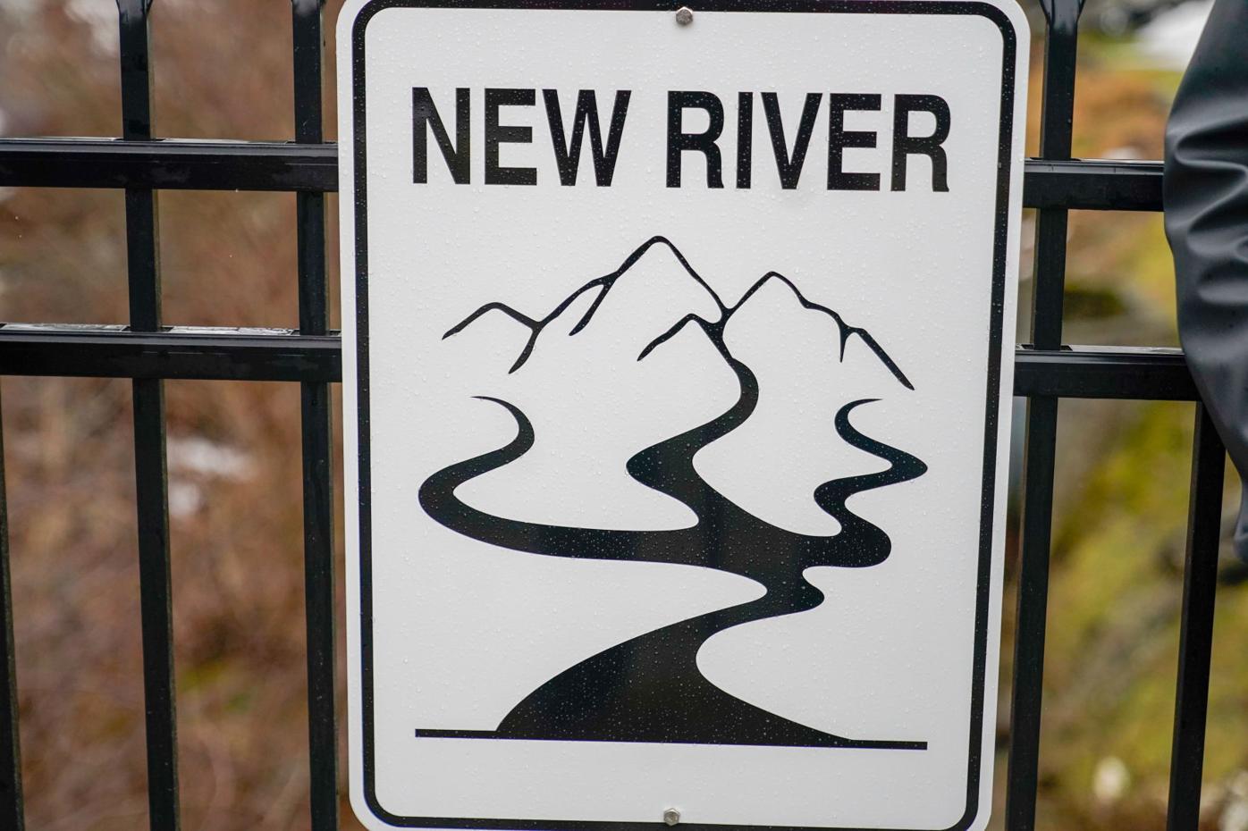 New River sign closeup