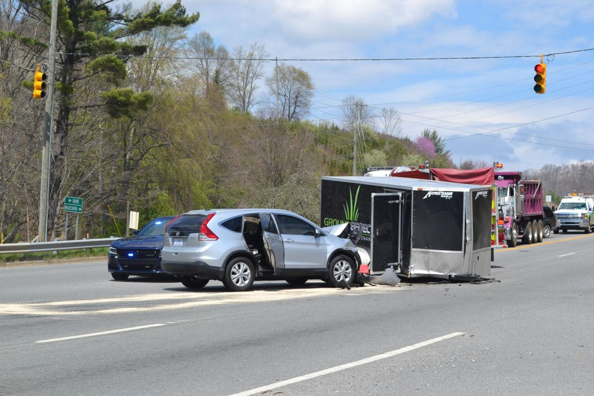 Landscaping Truck Trailer Collides With Suv On Us News