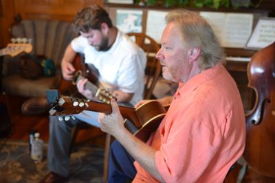 Blues Jam with Rob Baskerville