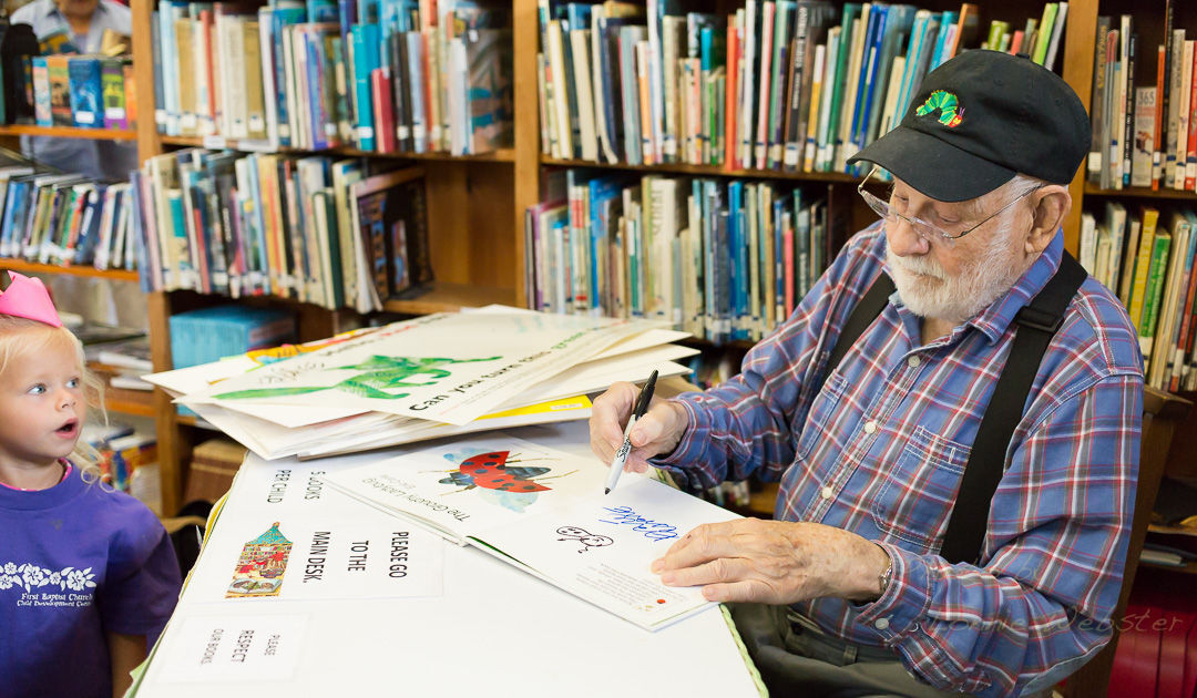 Eric Carle signs copies