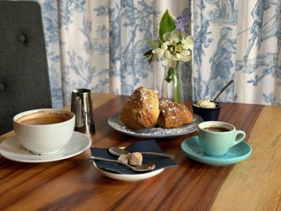 Cafe Violette