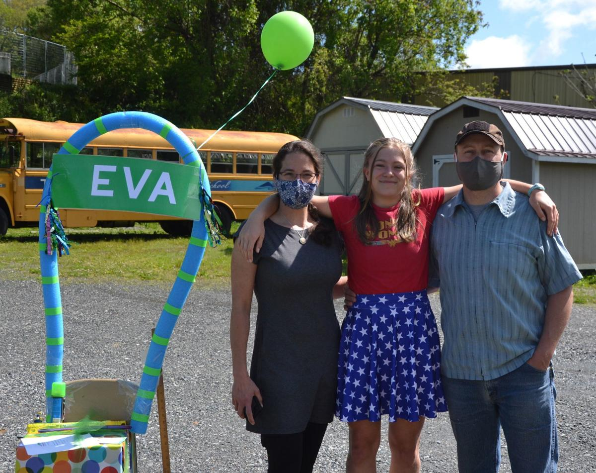 Thea, Eva, Trey Young
