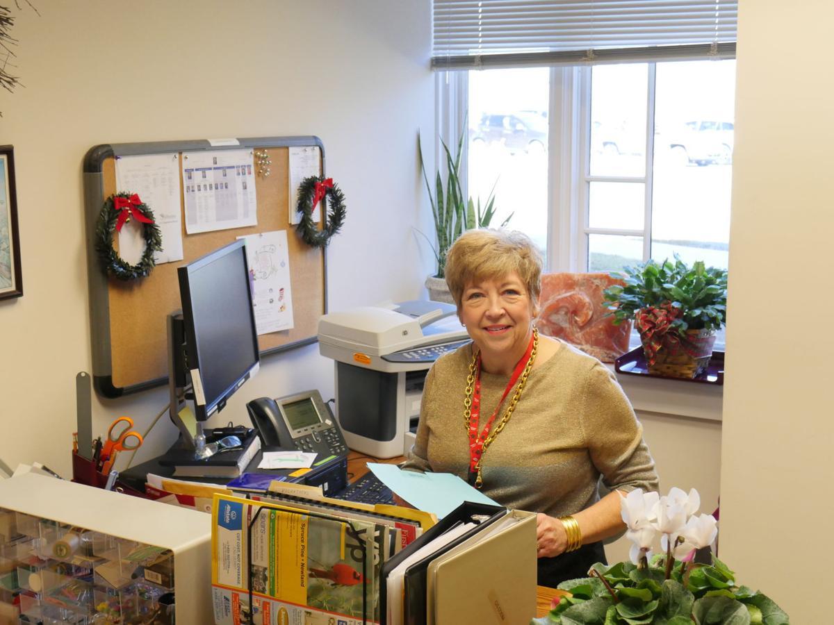 Longest-serving employee at Cannon Memorial Hospital retires