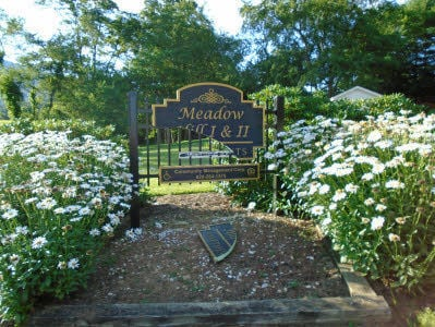 Meadow Hill Apartments Sign