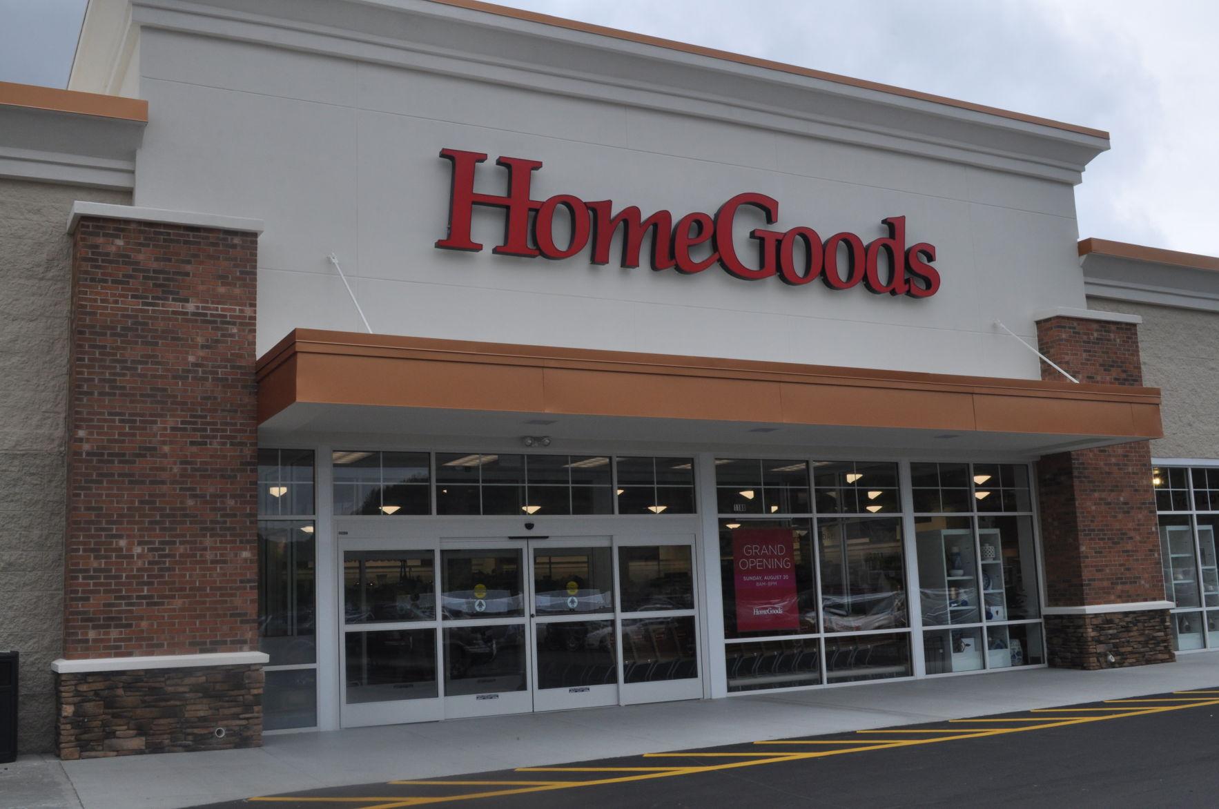 Attractive HomeGoods Store Front