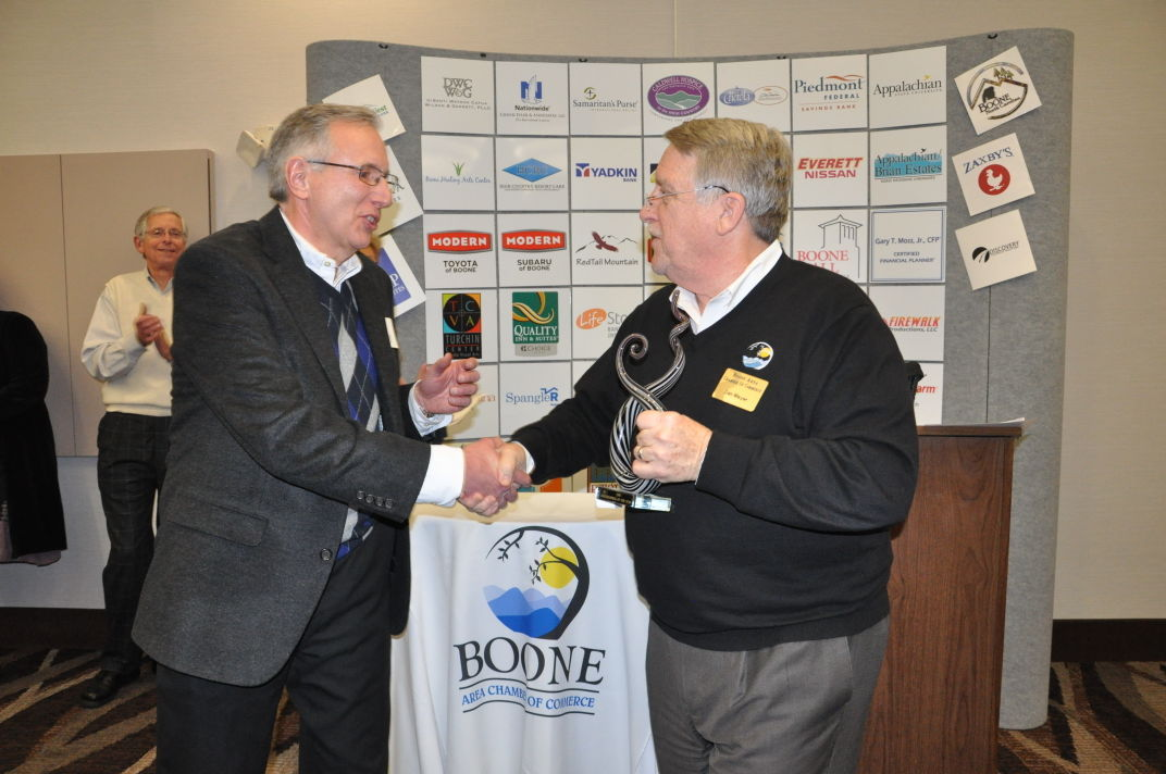Ray Russell receives award