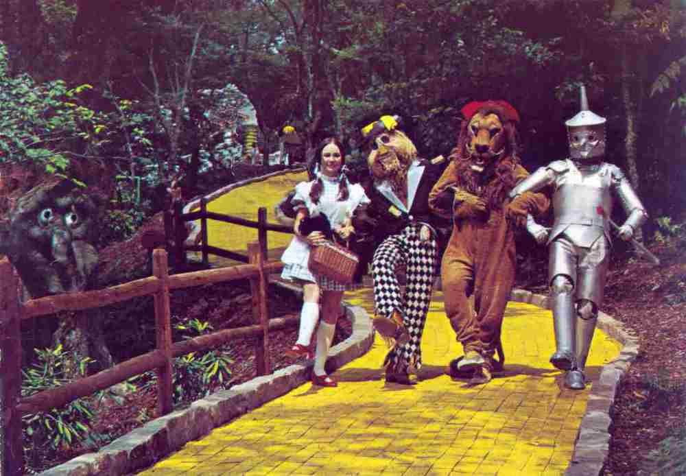 A Vintage Scene From The Por Land Of Oz Theme Park Is Pictured
