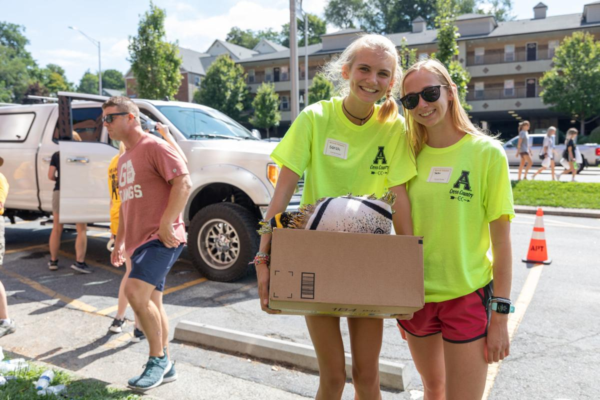 move-in-day-06-move-in-day-2-cr-6.jpg