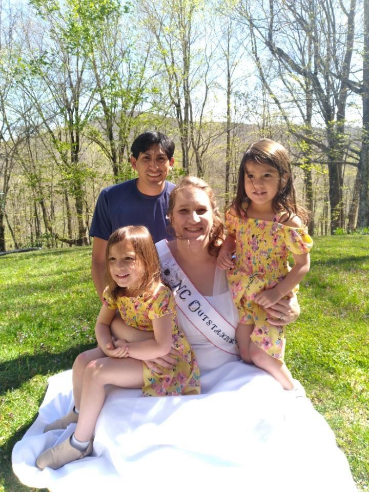 Jennifer Maulding and family